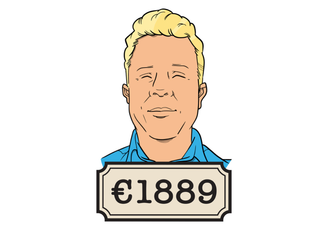 Arthur (36) werkt fulltime als buschauffeur en verdient bruto 2585 euro, netto is dat 1889 euro.