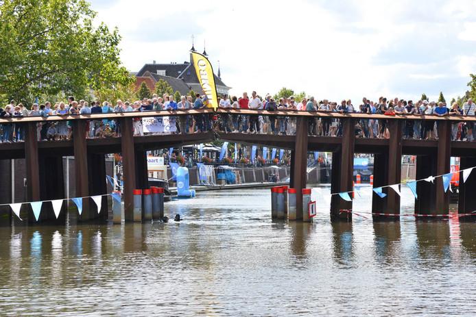 Swim to Fight Cancer in Breda.