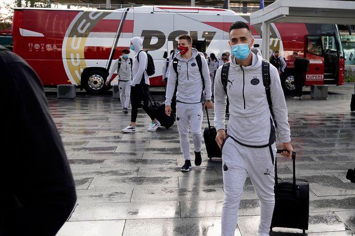 Eran Zahavi op Eindhoven Airport op weg naar Nicosia. Dat dacht hij althans, want kort daarna kon hij onverrichterzake op weg naar huis.
