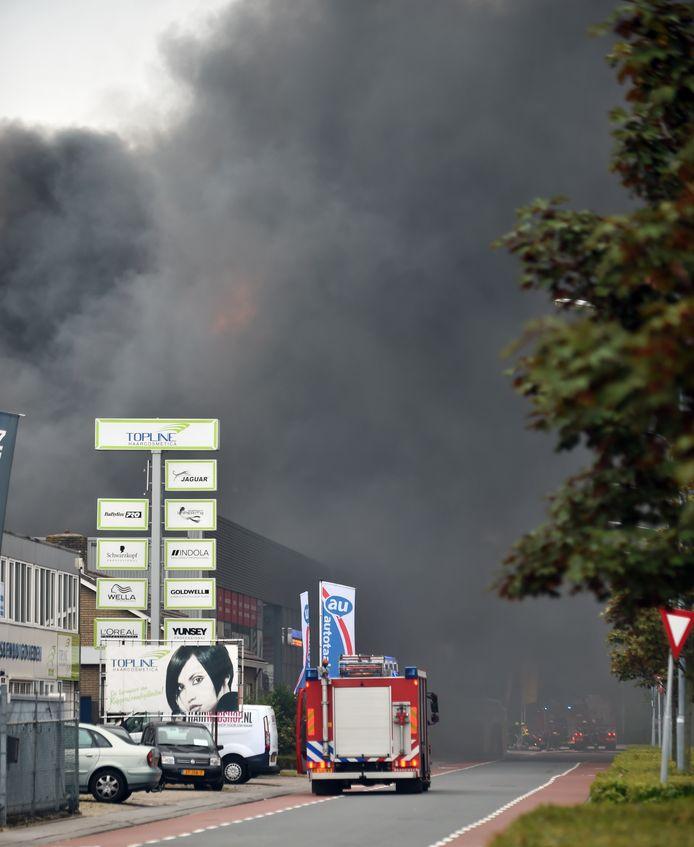 De brand in het bedrijf zorgde vijf jaar geleden voor enorm veel rook.