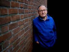 Ies kwam na 43 jaar uit de kast in zijn christelijke bubbel: 'Ik wilde dood, maar ik ging niet dood'