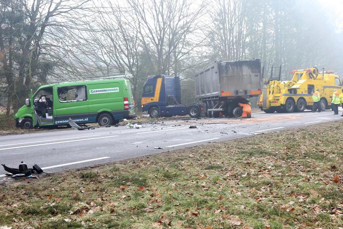 Opnieuw een dodelijk ongeluk op de N35 tussen Nijverdal en Haarle. Volgens de politie is het 'puur toeval'.
