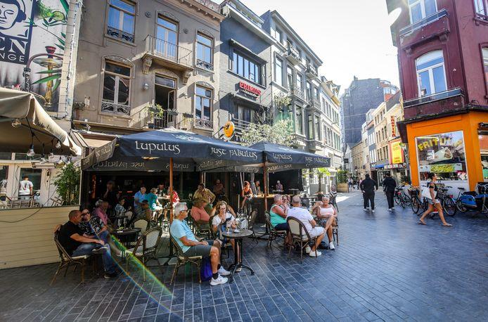 Nog tot na de herfstvakantie kan je een terrasje doen in Oostende.