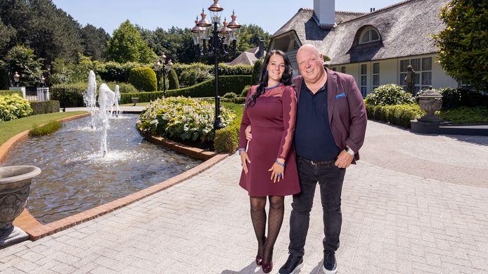 Familie Gillis: Massa is kassa - REALITY (NL -  2020) - season 1 - caption: Peter en Nicol