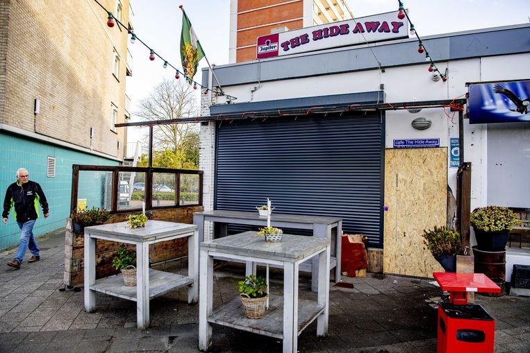 Schade aan het Feyenoordcafé The Hide Away door een explosief. Beeld ANP