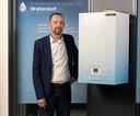 Manager Innovative Technologies Marco Bijkerk Remeha bij de eerste waterstof cv-ketel voor de Nederlandse markt. De Apeldoornse fabrikant heeft die ontworpen en pronkt daar deze week mee op de Bouwbeurs.
