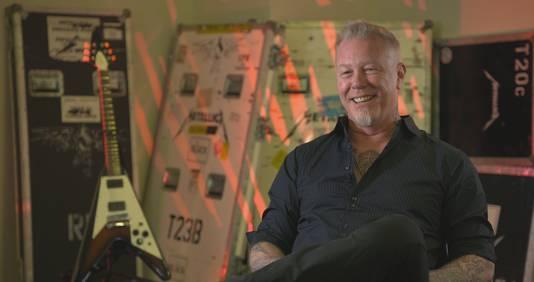 James Hetfield van Metallica tijdens een interview voor de film Murder In The Front Row.
