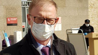 """Ereschepen Johan Van Hove woont en werkt in Peking: """"Overal waar je komt, wordt je temperatuur gemeten"""""""