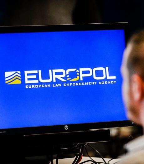 Europol haalt 30.000 websites met illegale films en series offline