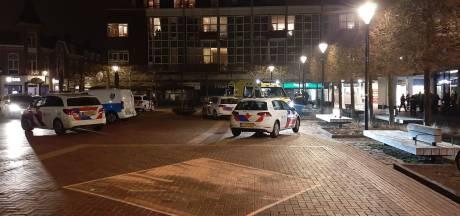 Gewonde bij steekincident in centrum van Almelo, omgeving afgezet