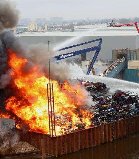 Provincie na grote brand: recyclingbedrijf AVI mag in Den Bosch blijven zitten