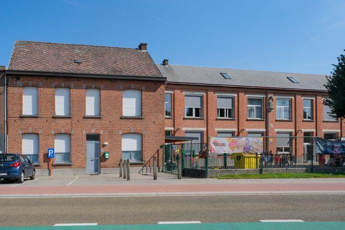 Basisschool Virgo De Heide koopt het parochiaal centrum dat naast hen ligt aan als uitbreiding.