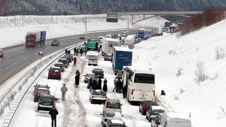 Chaos op de Duitse wegen in 2001. Beeld null