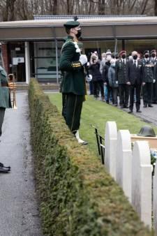 In Westland gesneuvelde soldaten Johannes Bronswijk en Eduard Michels herbegraven op Ereveld Grebbeberg