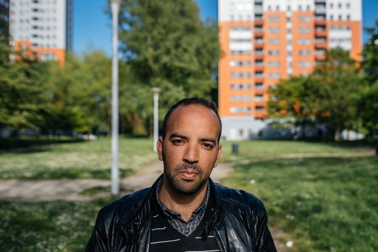 Mohamed Essaadi, een vader die zich inzet voor jongerenprojecten: 'Er is een probleem  met een groep drugsdealers dat nu als een etterbuil is opengebarsten.' Beeld Wouter Van Vooren