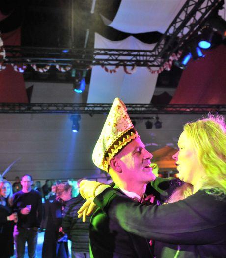 Dolle Instuivers dolblij dat Renkums carnavalsjubileum door kan gaan