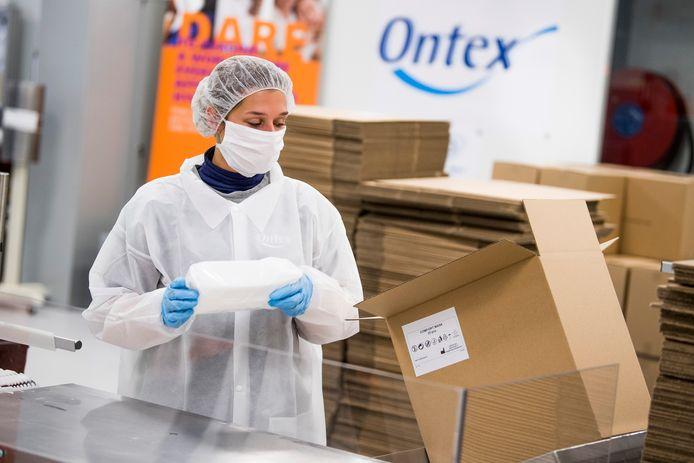 Archiefbeeld van de productie bij Ontex in Eeklo.