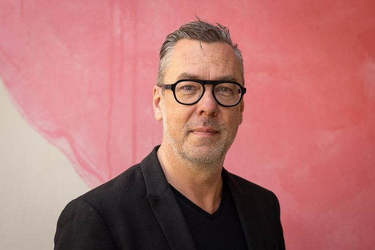 Franky Devos, algemeen coördinator van het Gentse kunstencentrum. Beeld BELGA