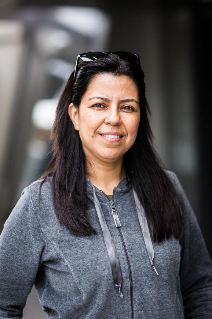 Dora Kalambas (46)