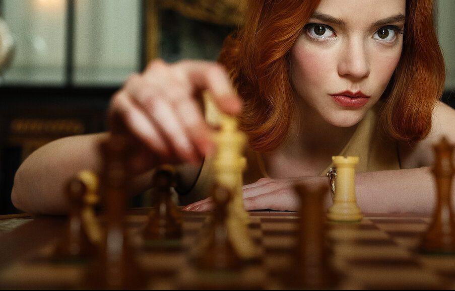 Scene uit de Netflixserie The Queen's Gambit.