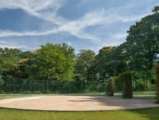 """Glazen paviljoen in Middelheimmuseum krijgt na 16 jaar grondige opknapbeurt: """"Werk werd jarenlang intens beleefd"""""""