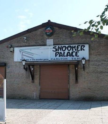 Onzekere toekomst Snookerpalace Putte: inboedel te koop maar doorstart mogelijk