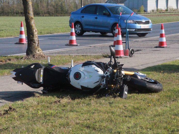 De ravage na het ongeval is bijzonder groot