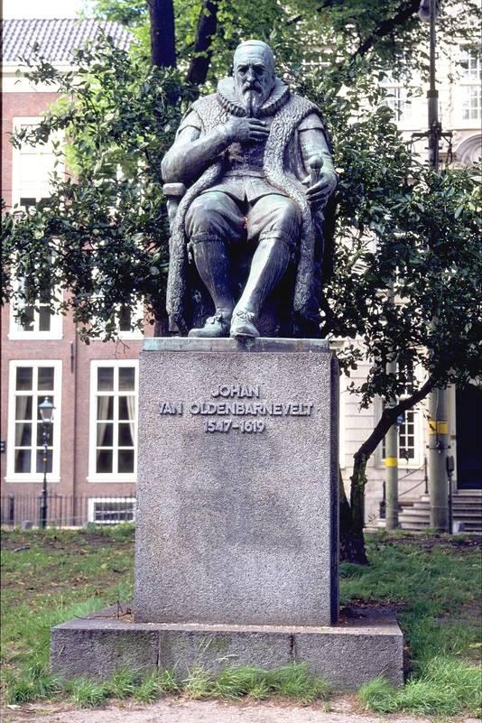 Een standbeeld van Johan van Oldenbarnevelt