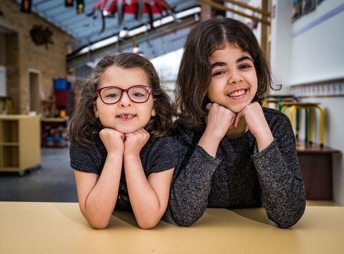 Hafsa (6) en Mariam (12)
