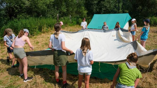 Gemeente Zemst en landbouwer schieten Hasseltse jeugdbeweging die kamp in Durbuy in water ziet vallen te hulp