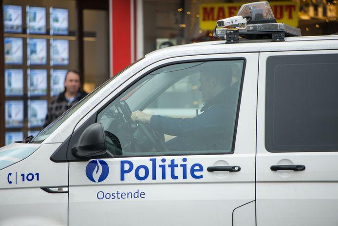 De Oostendse politie kon de beklaagde na de poging tot doodslag in de boeien slaan