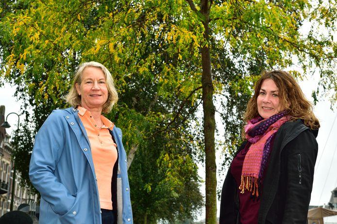 Monique Albeda (links) is al twee jaar actief als steunouder, Petra Biemans coördineert de inzet van steunouders in de Krimpenerwaard.