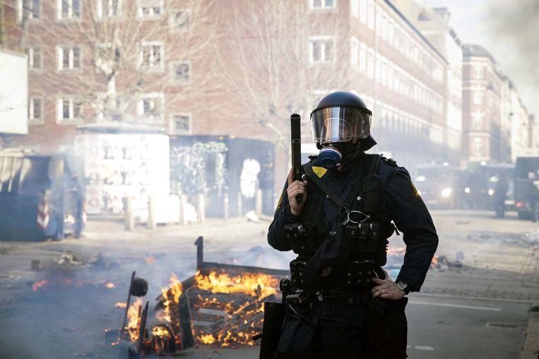 In Kopenhagen, de hoofdstad van Denemarken, werden gisteren 23 relschoppers gearresteerd nadat een demonstratie van de extreemrechtse partij Hard Line uit de hand liep. De onrust ontstond nadat tegenbetogers stenen gooiden naar de politie en extreemrechtse betogers.