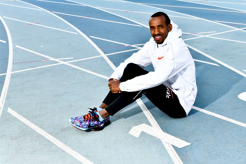 Bashir Abdi op de atletiekpiste in Gent. Beeld Florian Van Eenoo / Photo News