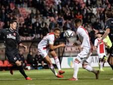 Jong Ajax simpel langs MVV