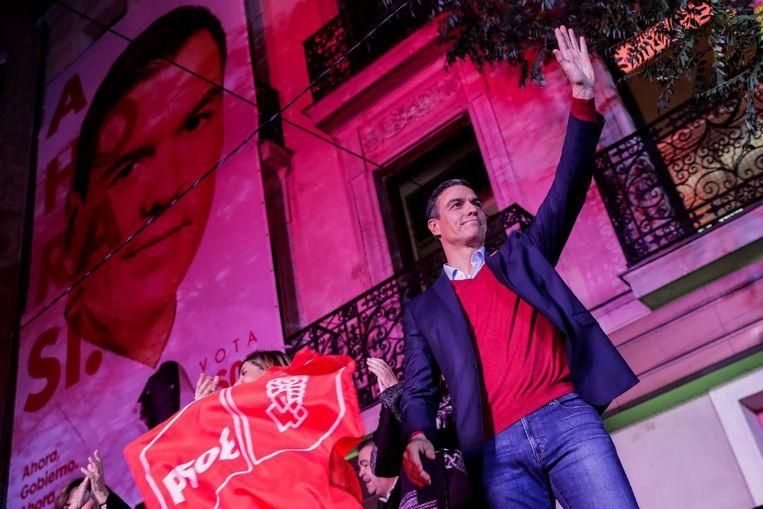 De socialistische partij van Spaans premier Pedro Sanchez blijft de grootste maar gaat licht achteruit. Beeld AP