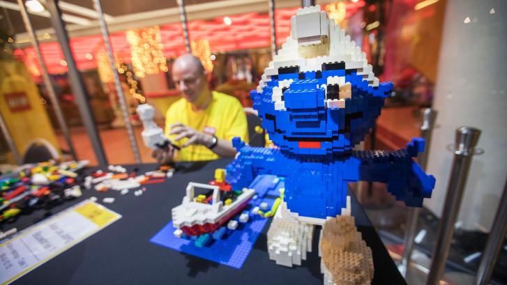 Betaald worden om met Lego te bouwen?