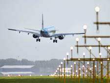 Gouwenaars worden gek van vliegtuigherrie; gemeente stuurt brief naar minister