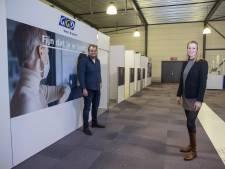 Na tenten, bedrijfsloodsen en eventhallen nu prikken in een hangaar van Breda International Airport