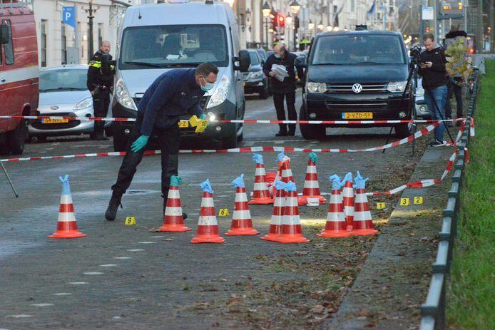 Er is vanochtend geschoten bij de ambassade van Saoedi-Arabië. De politie doet onderzoek.