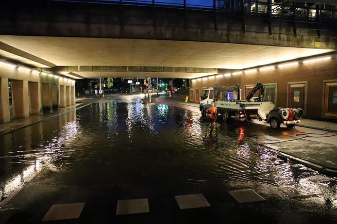 De Put was tot vanochtend 05.00 uur dicht vanwege de wateroverlast.