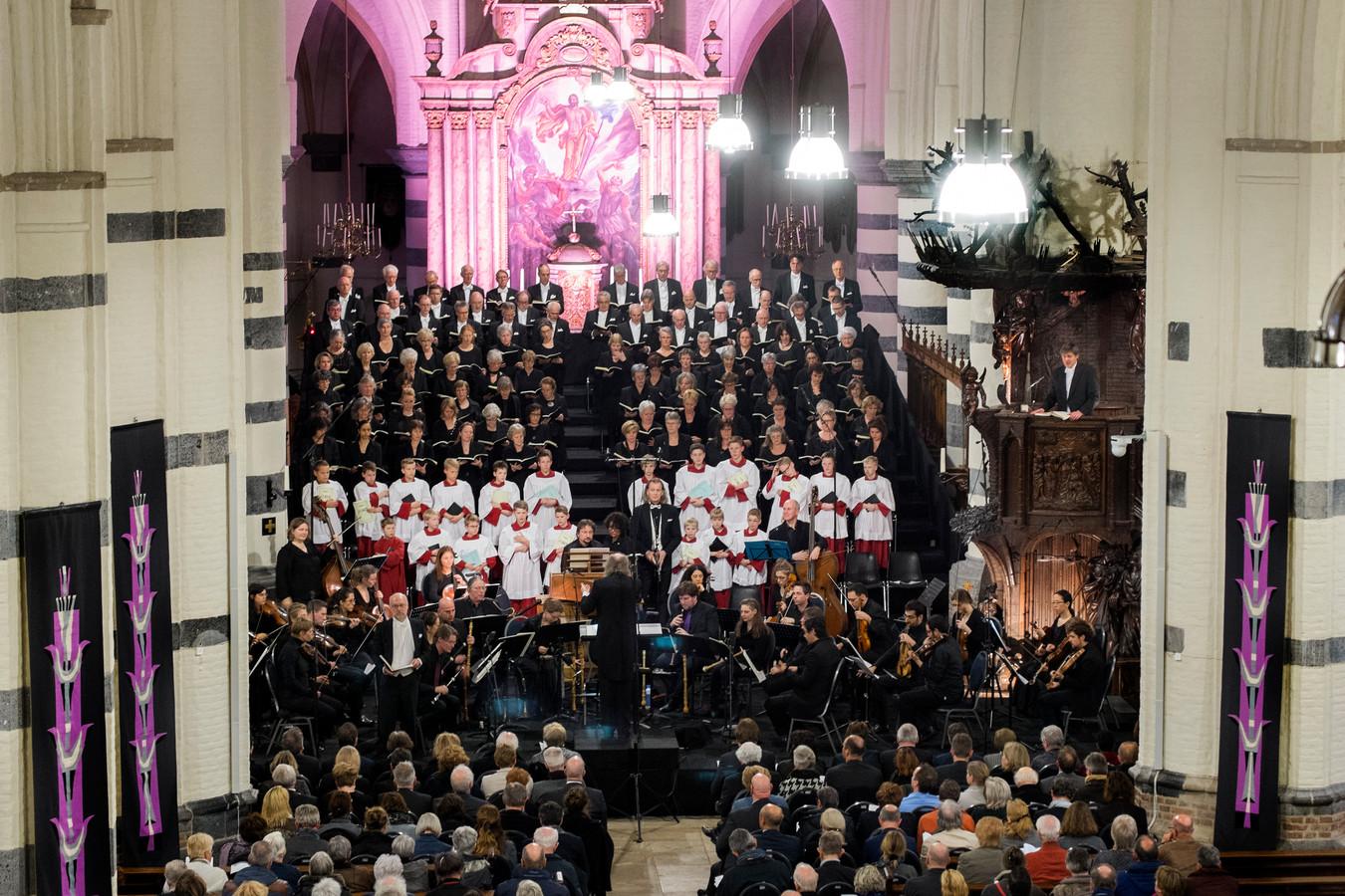 Een herinnering uit het verleden; een uitvoering van de Matthäus Passion in de Oirschotse Sint Petrusbasiliek.