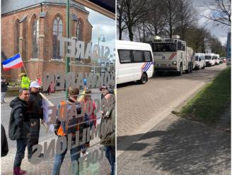 Tweehonderdtal mensen neemt deel aan protestactie tegen coronamaatregelen in grensdorp Baarle: organisatie kondigt ook grote 'Europese' actie aan in Brussel