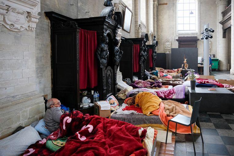 Actie voor sans-papiers in de Brusselse Begijnhofkerk, twee maanden geleden. Beeld Marc Baert