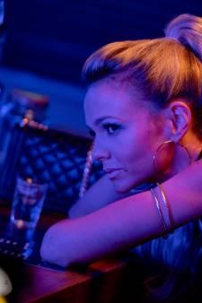 Oscarwinnende wraakfilm Promising Young Woman is even gewaagd als gelaagd