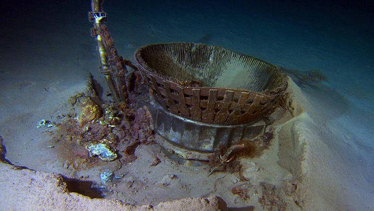 Een gedeelte van de stuwraket die gisteren werd gevonden op de bodem van de Atlantische Oceaan Beeld AFP