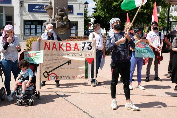 Comac, RedFox, Intal en andere Mechelse middenveldorganisaties organiseerden een solidariteitsactie voor het Palestijnse volk op de Veemarkt