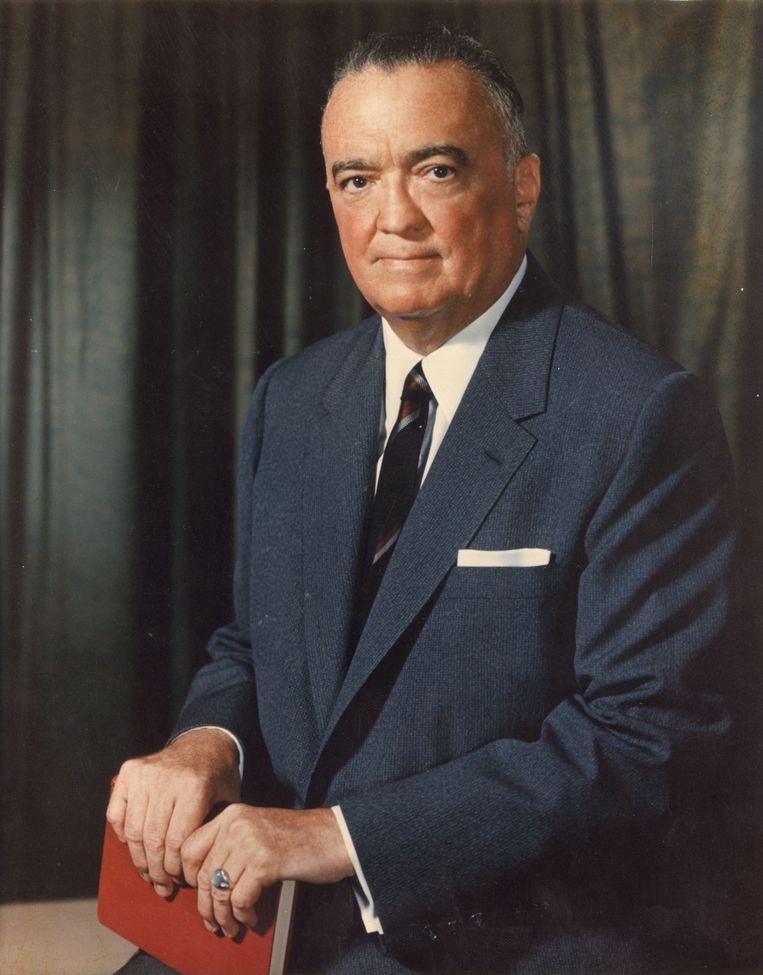De legendarische FBI-baas John Edgar Hoover voerde een halve eeuw oorlog tegen communisten, zwarten en homo's, maar zou een voorliefde voor jonge zwarte mannen hebben gehad. Beeld Getty Images