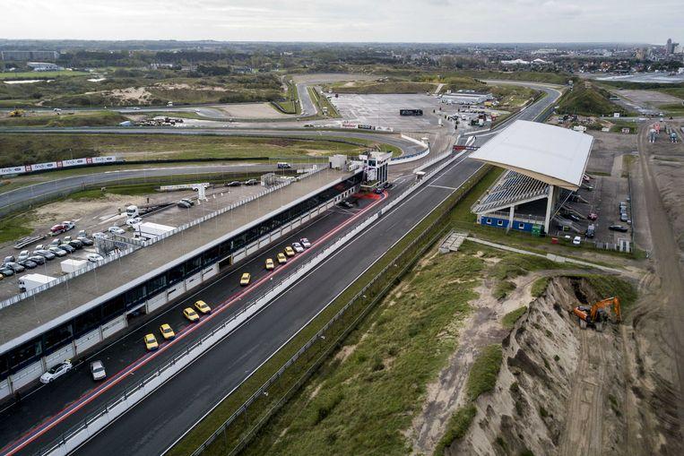 Circuit Zandvoort. Op het circuit wordt gewerkt aan de hoofdtribune. Verschillende natuur- en milieuorganisaties stappen naar de rechter omdat ze willen dat de werkzaamheden worden stilgelegd. Beeld ANP