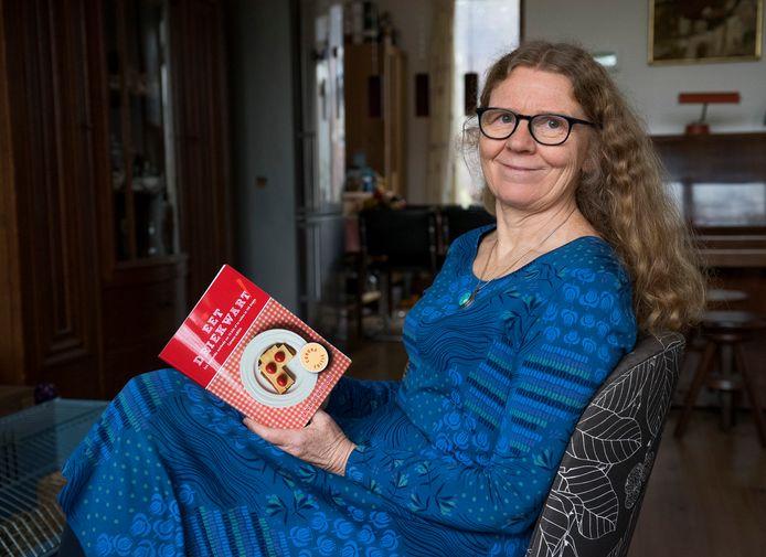 Jana Verboom viel 10 kilo af in honderd dagen. Om anderen te helpen hun corona-kilo's kwijt te raken schreef ze een corona-editie van haar boek Eet driekwart!